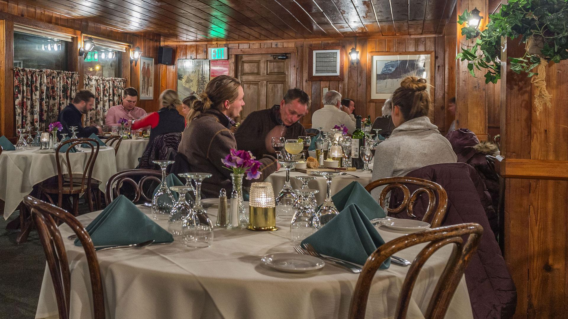 Snake River Saloon Steak House Steaks Seafood
